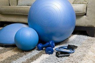 Fitness oefeningen voor thuis schema: Volledige gratis (!) fullbody!