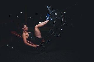 Fitness schema voor een vrouw: Buik, billen en benen! Mis het niet!